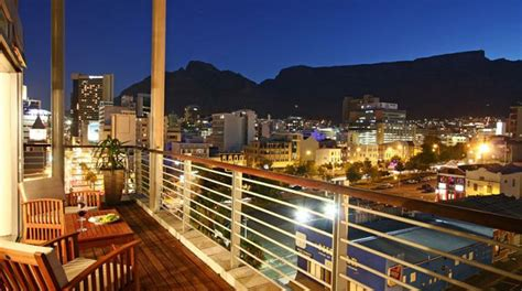 buy a house in cape town how to find flats to rent in beautiful cape town junk