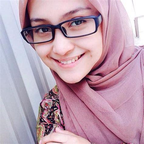 Kirana Syari 4 Warna buat para hijabers dari seorang teman kristiani di