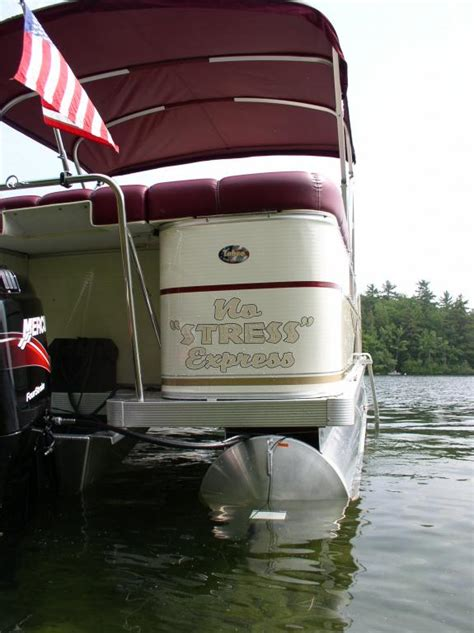 pontoon boat owners forum pontoon boat owners where do you put the boat name