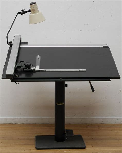 Mini Drafting Table 17 Best Ideas About Drafting Tables On Wood Drafting Table Workbench Light And