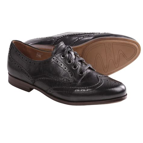 earthies treviso wingtip shoes oxfords for
