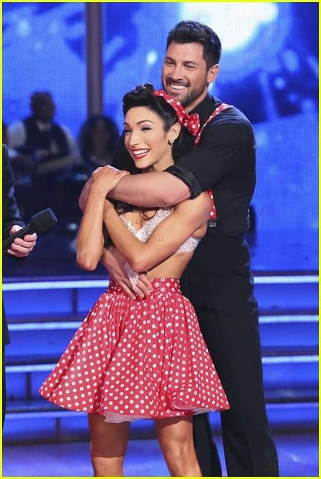 maksim chmerkovskiy and meryl davis dating maks says that meryl davis maksim chmerkovskiy see pics from their