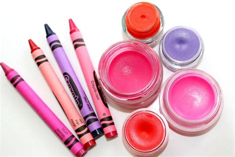 diy crayola lipstick 17 best images about crayon lip balm on crayon