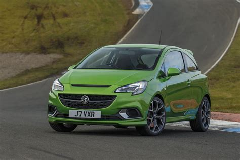 2015 vauxhall corsa vxr features and specs machinespider