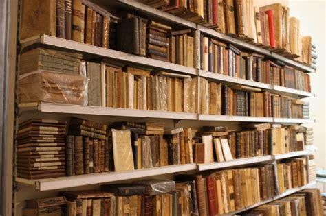 libreria antiquaria genova foto soffitti affrescati in via garibaldi per la libreria