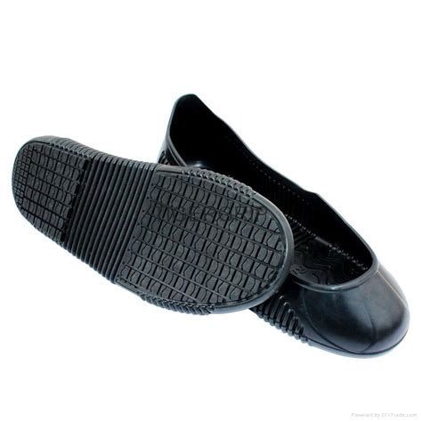 Non Skid Kitchen Shoes by Breathable Lightweight Kitchen Work Shoe Cover