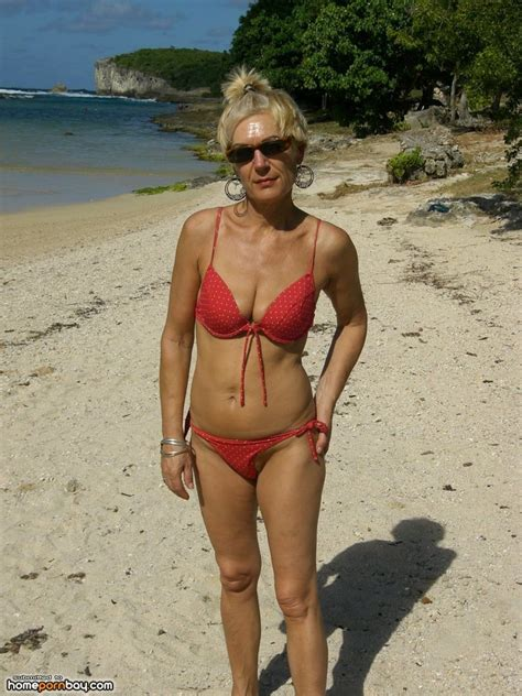 grannynude adulte archive