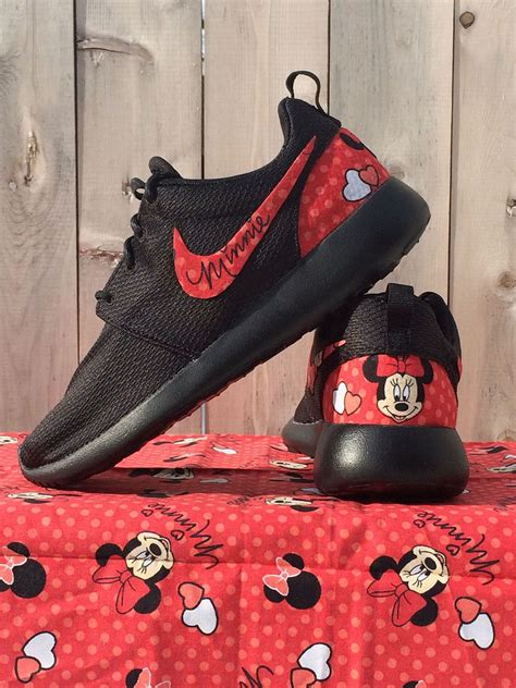 pink minnie mouse nike custom roshe roshe and minnie mouse
