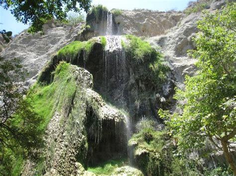 hikes in malibu with waterfalls l jpg