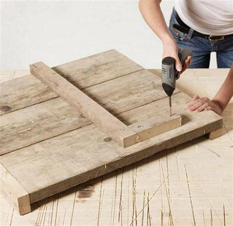 come costruire una lada confectionati o bancuta din lemn pentru balcon pas