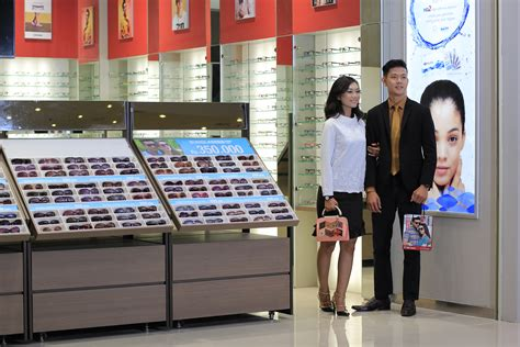 Harga Acuvue Clear Optik Melawai optik melawai nwp retail