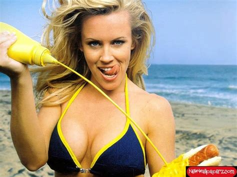 jenny mccarthy not real blonde here s 40 pictures of jenny mccarthy to celebrate her 40th