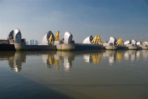 thames barrier closure event testing testing thames barrier closure on sunday the