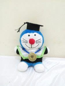 Boneka Doraemon Wisuda jual boneka wisuda doraemon hadiah wisuda boneka