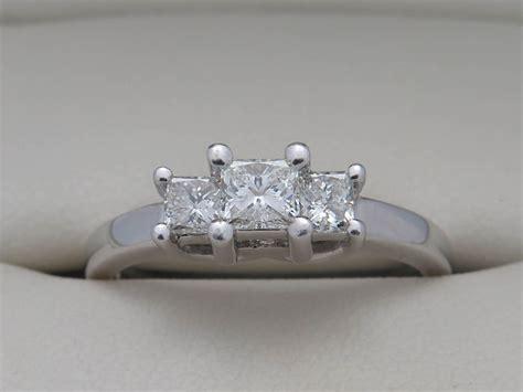 platinum white gold ring with diamonds 0 55 ct vs si