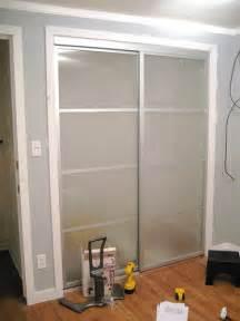 amazing sliding closet door makeovers 187 curbly diy