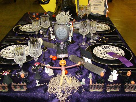 bubblegum and duct tape halloween tablescape