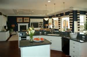 white kitchen cabinets blue walls white kitchen cabinets blue walls quicua