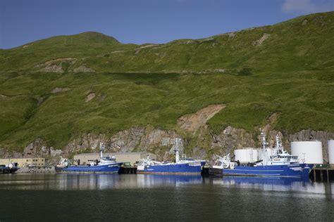 deadliest catch unalaska s v barefoot alaska dutch harbor unalaska and the