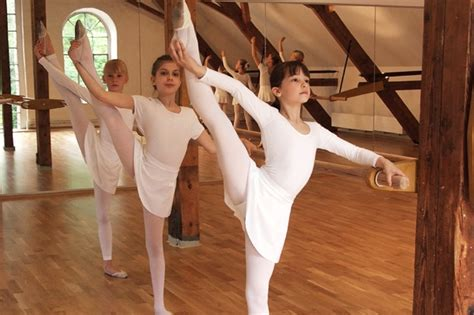 Tanz Und Ballettschule Ratingen Relev 233 Carmen Weber