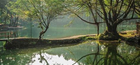 membuat kolase tempat wisata 5 tempat wisata di cirebon ini membuat hati tenang