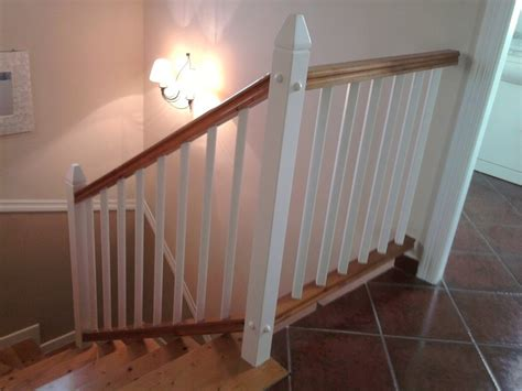 como hacer una barandilla de madera barandilla madera escalera hacer bricolaje es facilisimo