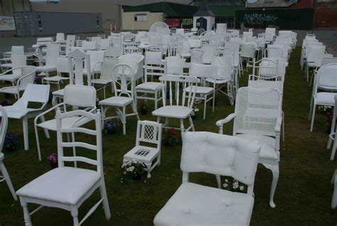 Chair Memorial Christchurch by 185 White Chairs Memorial Christchurch Greg And Deb S