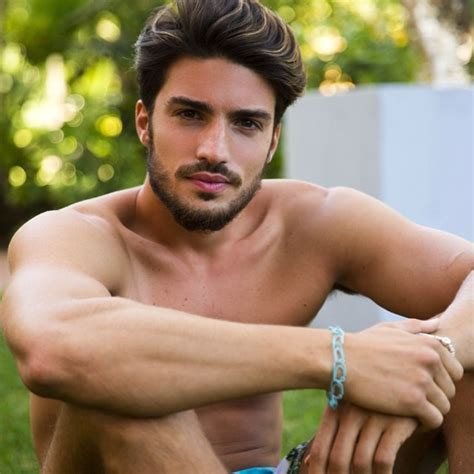 what does mariano di vaio use to fix his hair more of model mariano di vaio the progressive democrat