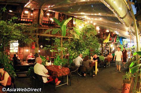 10 really popular thai restaurants in sukhumvit bangkok