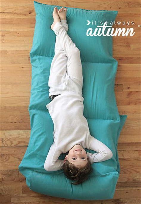 diy pillow bed comfy pillow diy bed allfreesewing com