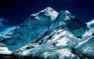 mount everest peak wallpapers mount everest peak stock
