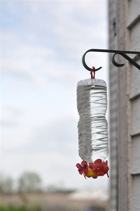 diy hummingbird feeder definitely doing this tmrw a