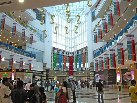 Shopping Lulu by List Of Top 10 Largest Shopping Malls In India Tripdezire