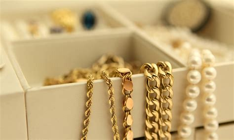 jewelry at home how to clean jewelry at home jewelry tips jewelry care