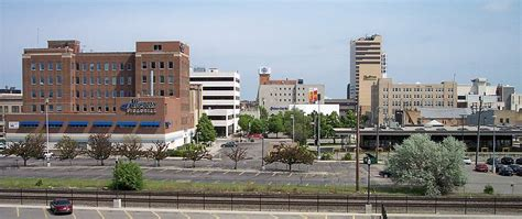 Davenport Mba Downtown Grand Rapids Mi by Which Skyline Is The Best Lite Estate Tower Difference