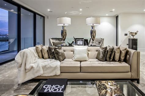 rich home interiors inside secrets of super rich decor fabulouslygreen