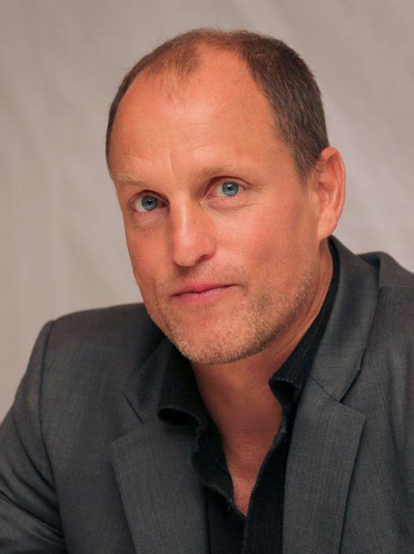 woody harrelson ed harris the hunger games actor woody harrelson looks suave as he