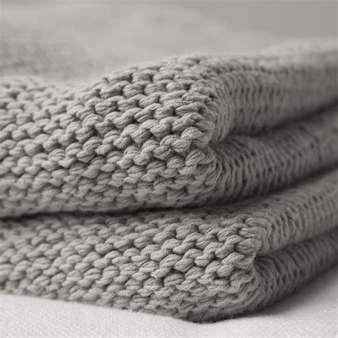 gray knit blanket i saw the look at pottery barn put this knit blanket