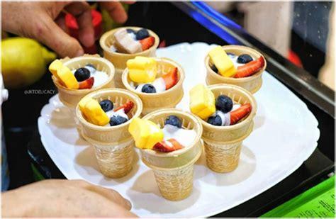 membuat ice cream yogurt membuat salad buah praktis dan menyegarkan