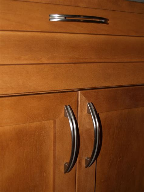 Best Kitchen Cabinet Door Handles The Homy Design Kitchen Cabinet Door Handle