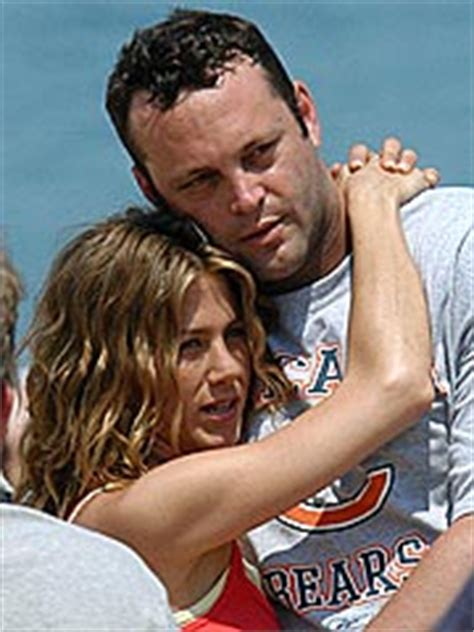Jen Vince On Again by Are Aniston And Vince Vaughn On Again