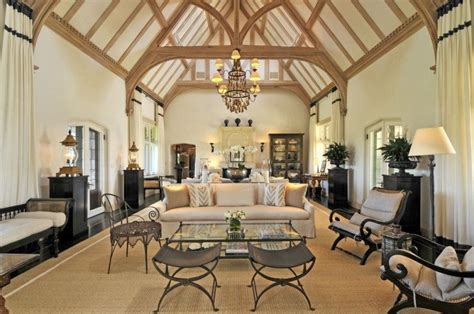 Cathedral Ceiling Living Room 20 Lavish Living Room Designs With Vaulted Ceilings