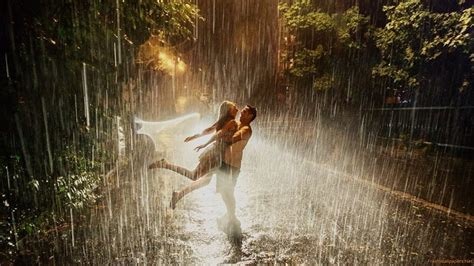 wallpaper love couple rain hd love in rain couple in rain wallpapers hd pictures