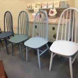 Painting Dining Room Furniture Best 25 Chalk Paint Chairs Ideas On Painted Chairs Chalk Paint Table And Decoupage