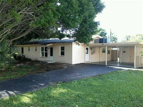 1476 alhambra dr fort myers florida 33901 foreclosed