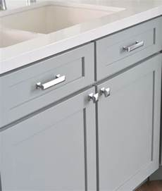 kitchen cabinets knobs and handles best 20 cabinet hardware ideas on pinterest kitchen