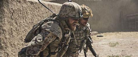 film horor wer a war movie review film summary 2016 roger ebert