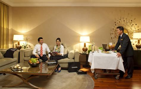 hotels with room service hotel service hotelroomsearch net
