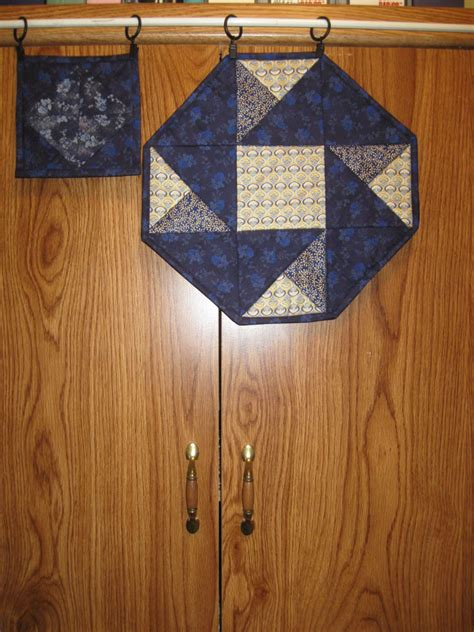 Origami Mat - origami candle mat and mug rug quilt with us