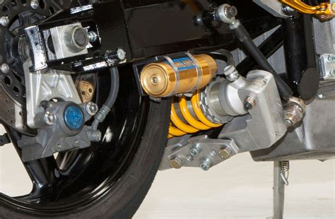 Shock Ohlins Cbr250rr drysdale v8 1000 a closer look cyclez